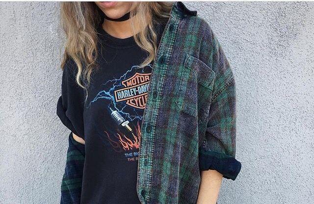 How To Dress In True Grunge Fashion