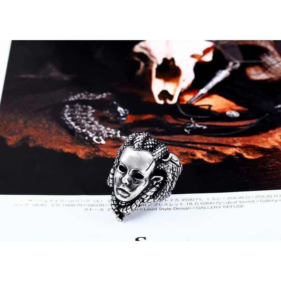 Creepy Guys Silver Medusa Rings - The Black Ravens
