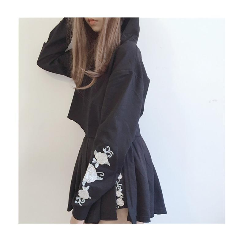 Gothic Flower Embroidered Top and Skirt Set - The Black Ravens