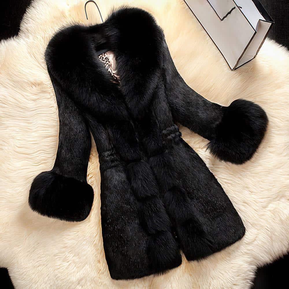 Plus Size Women's Vintage Faux Fur Winter Coat - The Black Ravens
